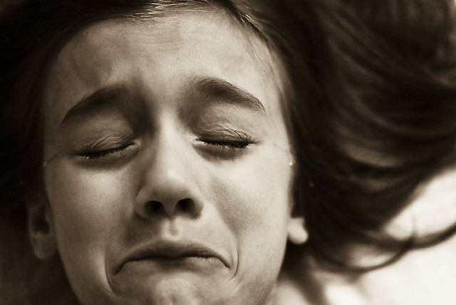 http://janudlock.com/wp-content/uploads/2011/05/crying-girl.jpg